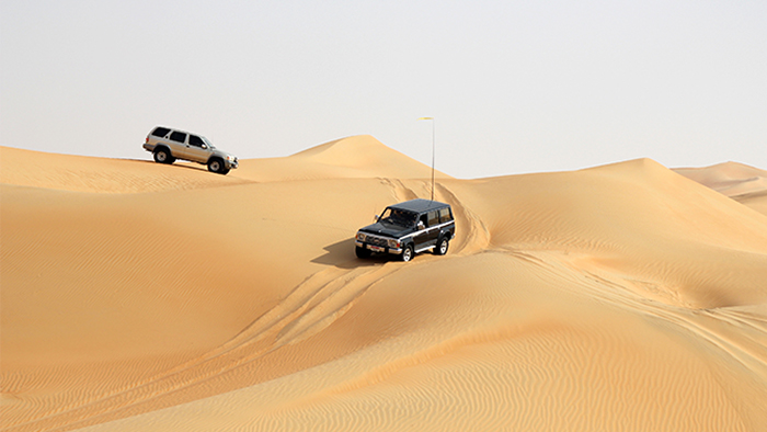 Summer desert driving in the UAE