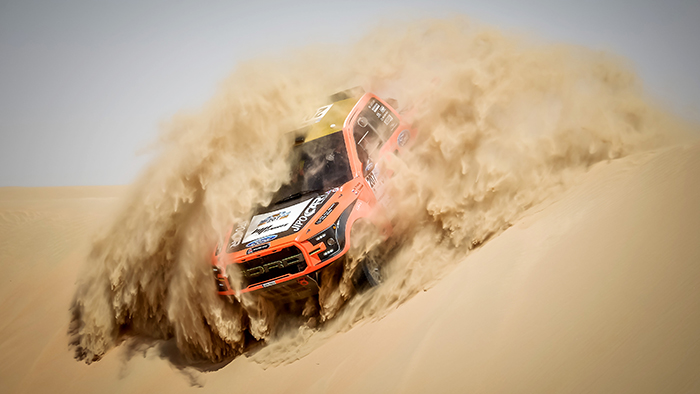 Local Talent Succeeds at 2017 Abu Dhabi Desert Challenge