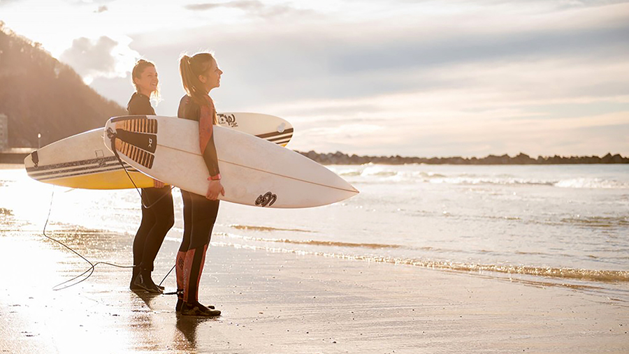 7 Surf Cities that will Make you Want to Move There!