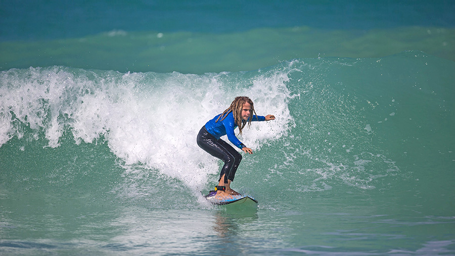 UAE's Sunset Open Surf Competition Returns for 2018