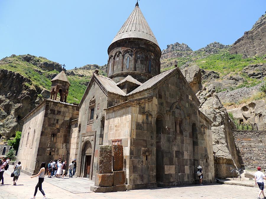 Ten-things-Armenia-Bandana-Jain