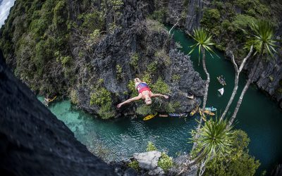Breathtaking 2019 Red Bull Cliff Diving opener at Palawan Island in Philippines